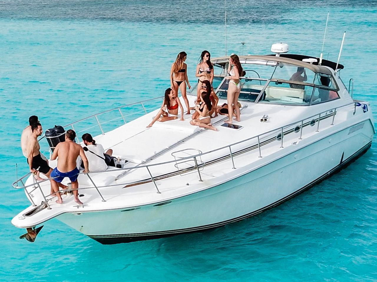 sea ray yacht tulum