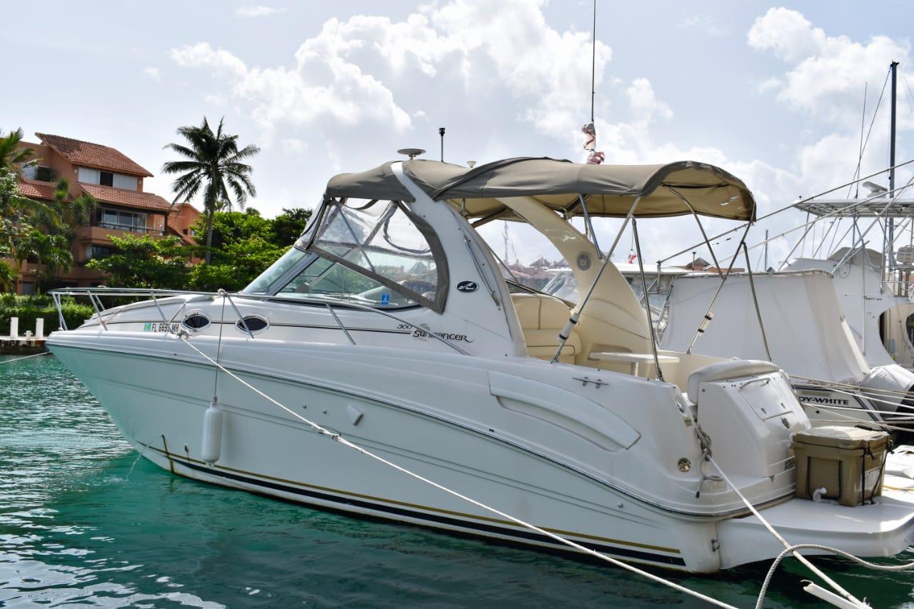 small yacht tulum