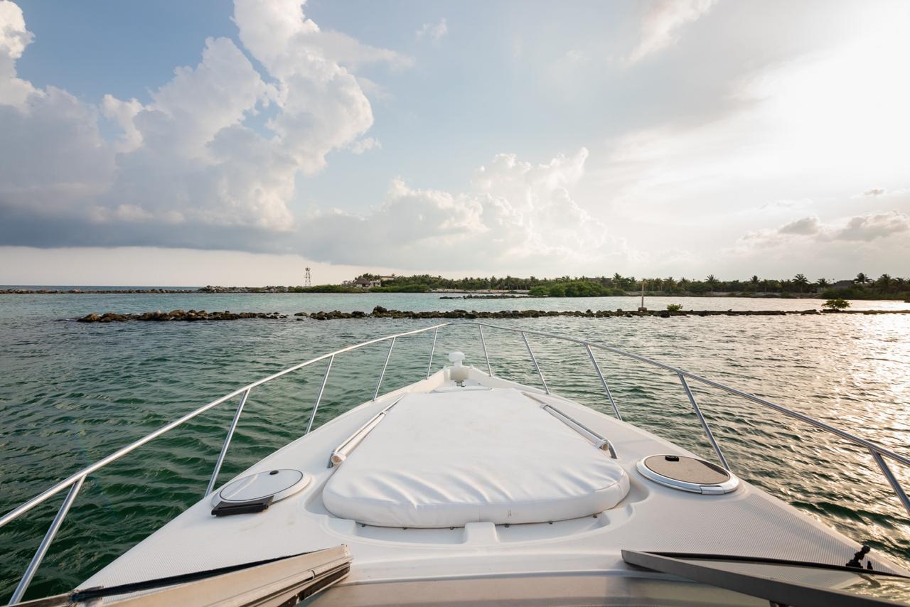 small yacht riviera maya